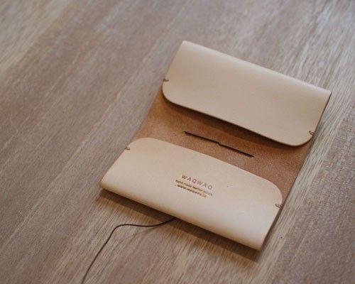 Simple and beautiful, possible passport holder of dimensions were altered.