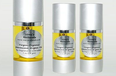 Pure Virgin Organic Moroccan Argan Oil lives up to the hype. It's the lightest beauty oil that works wonders on the body from head to toe. Got psoriasis or eczema? Dry scalp? Brittle nails? Frizzy hair? Argan oil is a simple yet effective solution. http://www.marjsnaturals.com/