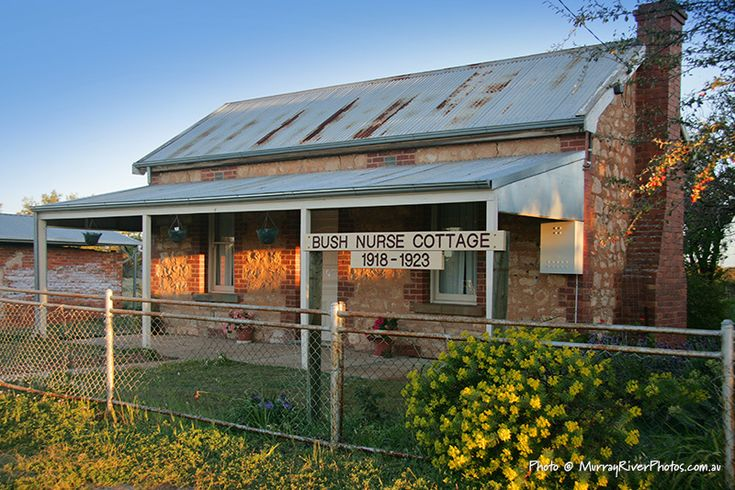 Cowangie Bush Nurse Cottage - on the Mallee Highway