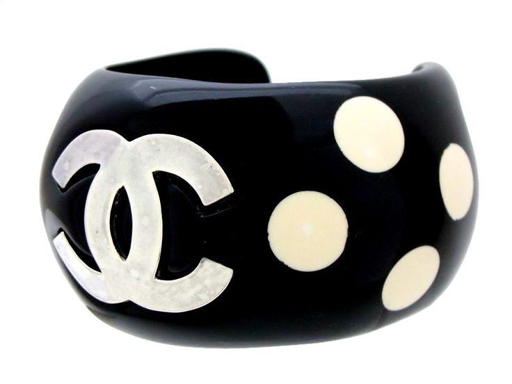 Vintage Chanel cuff bracelet CC logo dot black