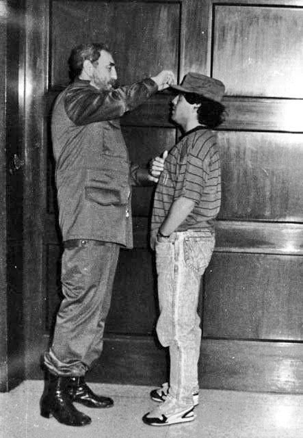 Maradona con Fidel Castro