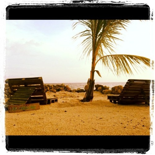 Urban Beach bij Pietermaai, heerlijk stadstrand in een prachtige opkomende buurt.   #curacaoonthemove