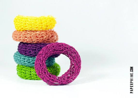 Paper twine chunky knit bangles DIY kit from PaperPhine.Diy Kits, Twine Knits, Paper Jewelry, Knits Bangles, Bangles Tutorials, Paper Crafts, Paper Twine, Chunky Knits, Knits Projects