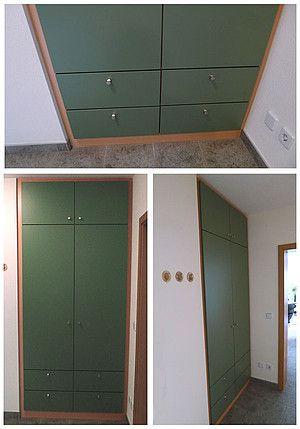 moosfarbener einbauschrank der deckenhohe schrank f llt die nische aus passt sich den. Black Bedroom Furniture Sets. Home Design Ideas