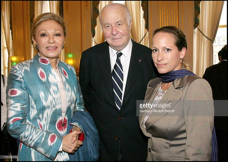 Empress Farah Pahlavi, Arnaud D'Hauterives and Princess Zahra Aga Khan at Christine Albanel Presents The 'Grand Patron' And 'Grand Donor' Award To His Highness The Aga Khan At The Minister Of Culture.