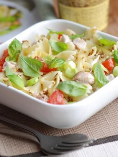 Recette - Salade de pâtes papillons au St Môret - Notée 4.5/5 par les internautes