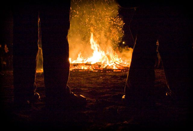 The Essential Guide To San Francisco Beach Bonfires