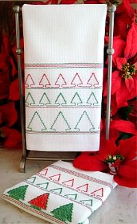 Huck Embroidery Huck Towel Kit Christmas Stockings|Swedish Weave|StitchOnItDirect