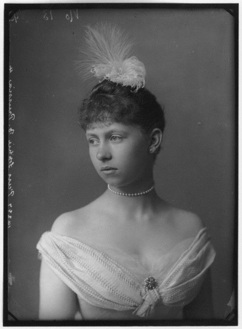 .Queen Sophie of Greece (née Princess Sophie of Prussia) daughter of Vicky, princess royal