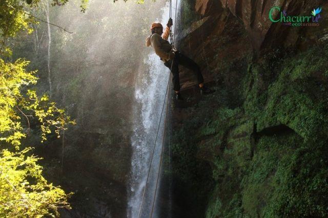 Arvorismo, tirolesa e rapel provam que Paraguai tem aventura, além de compras