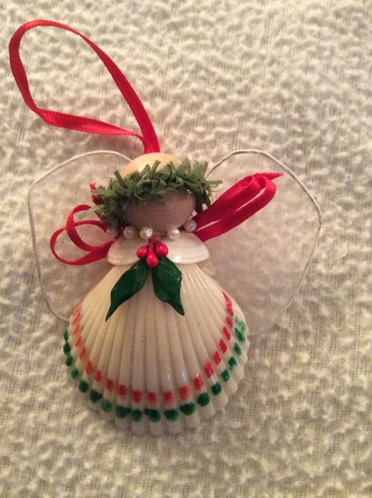 120 best shell angels and crafts images on pinterest for Homemade christmas ornaments to make