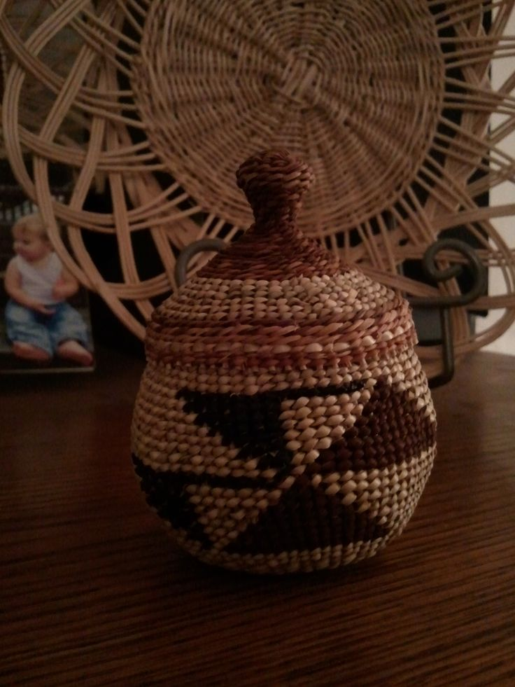 How To Weave A Cedar Basket : Best images about cedar bark weaving on mom