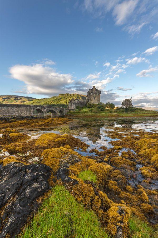 Eilean Donan Castle by Leander Nardin (Scotland)