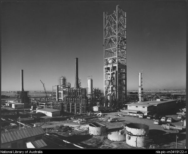 Sievers, Wolfgang, 1913-2007. Stanvac oil refinery [construction], Altona, Victoria, 1954, [8] [picture]