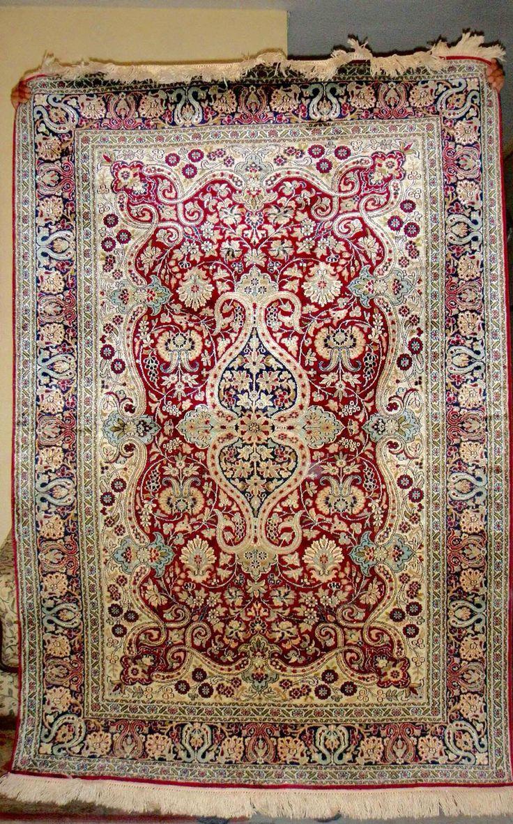 Kashmir Handmade Silk Pile Carets 500 000 Knots Per Sq Mtr Size 4