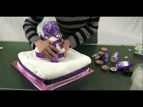How to Make a Towel Cake - video
