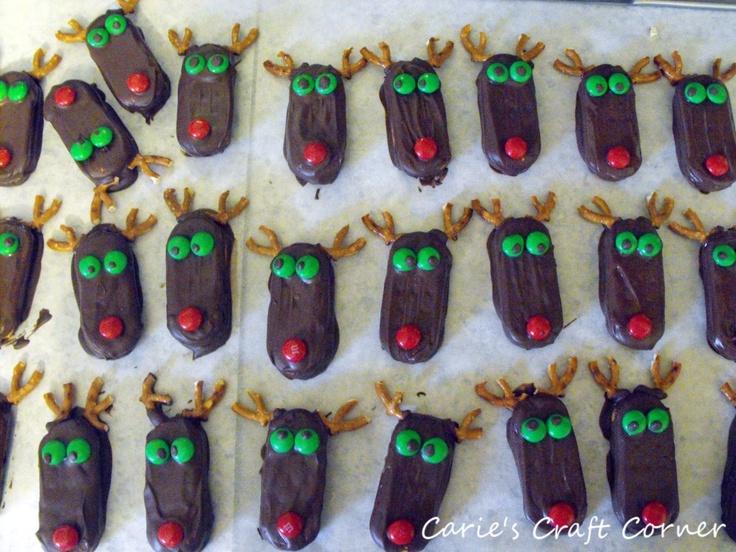 Christmas Reindeer Cookies: Christmas Yummy, Carie Crafts, Christmas Goodies, Christmas Cookies, Holidays Food, Food Ideas, Christmas Reindeer Cookies, Holidays Ideas, Crafts Corner