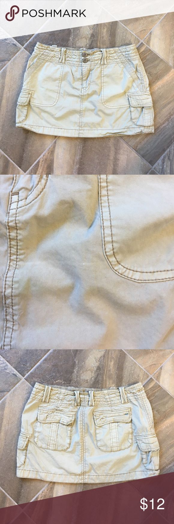 American Eagle Outfitters Skirt Great condition apart from tiny snag on front (pictured) :) Bundle only please :) American Eagle Outfitters Skirts Mini