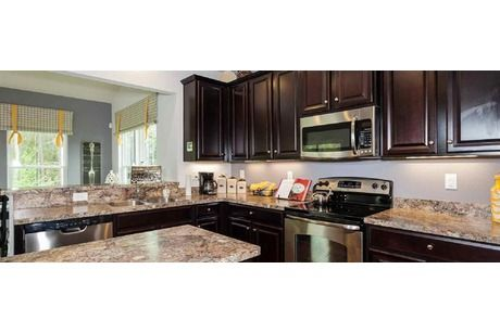 I 39 m in love with the cabinets we picked new house for Kitchen cabinets quakertown pa