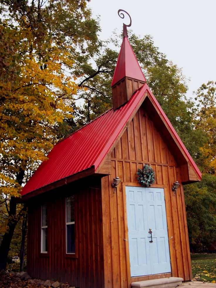 Wedding Chapel With 8 Seats In Hell MI Case You Want To Be Able Say That Got Married LOL
