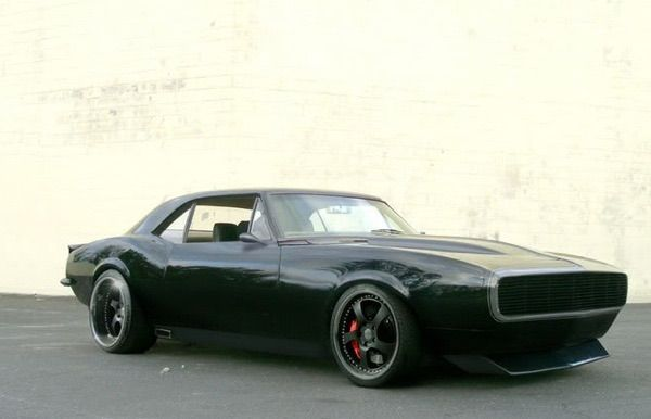 Super Mean 1967 Chevy Camaro Pro Touring. More awesome muscle cars at: http://hot-cars.org