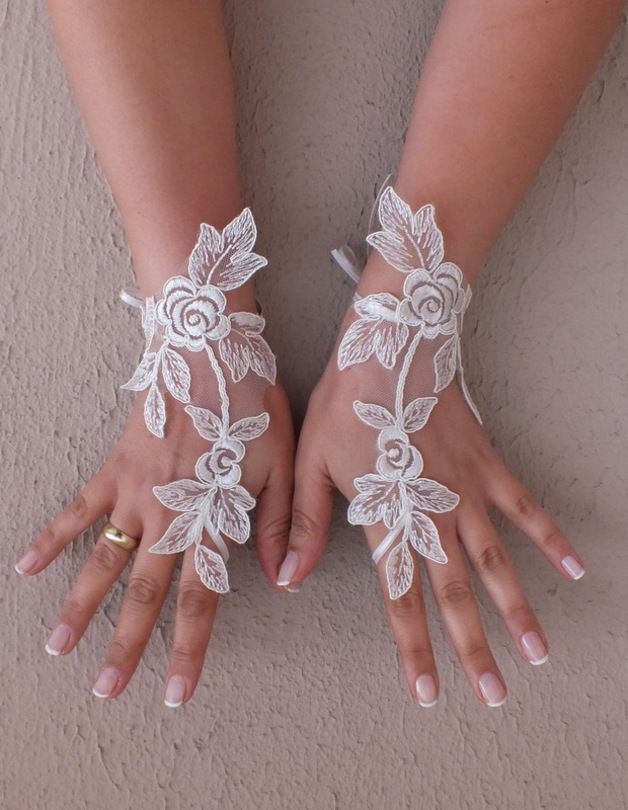 Accessories – French lace fingerlees gloves – a unique product by WEDDINGGloves on DaWanda
