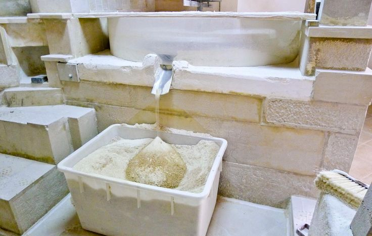 Traditional stone ground flour from a mill hundreds of years old at Chiaramonte Gulfi, near Ragusa, Sicily.  Come and tour the mill and take home a sack of authentic stone ground, healthy flour!