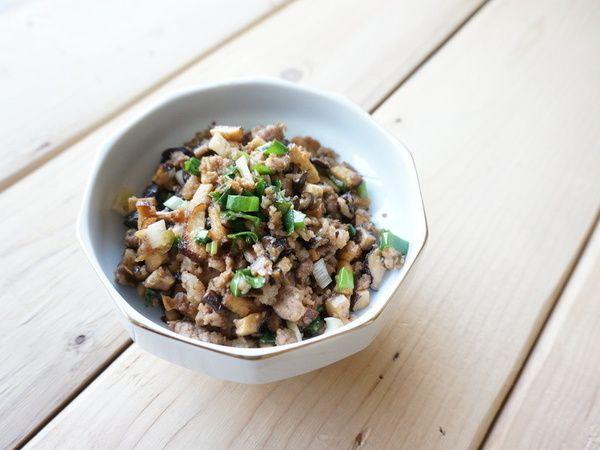 愛媽媽料理__炒香菇肉燥食譜、作法   鹿窯菇事的多多開伙食譜分享
