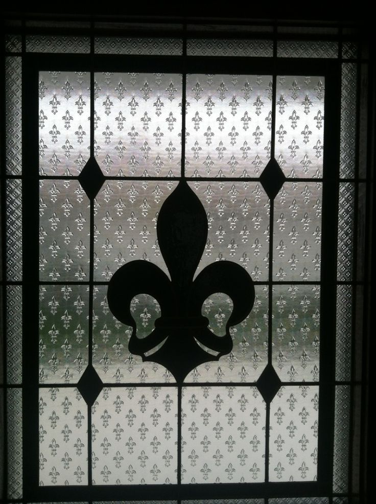 Fleur-di-Lis ~ Stained Glass Window