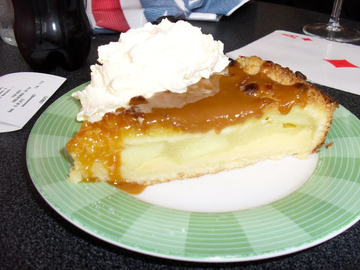 Applecake in Iceland > http://levanahloves.com/iceland-trip-whale-puffin-shark-food-for-thought/