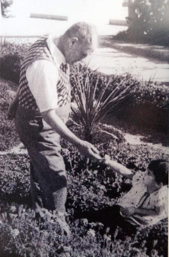 Atatürk ve çocuklar
