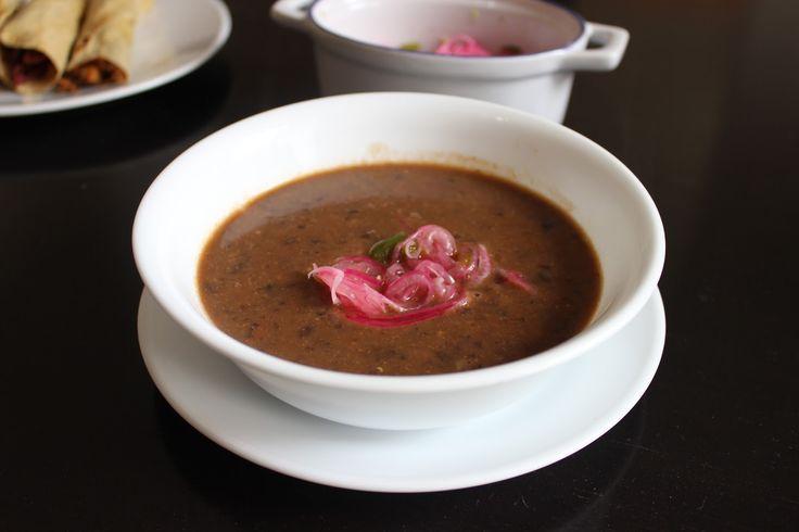 Black bean soup (Indian style) -  Sopa de frijol negro