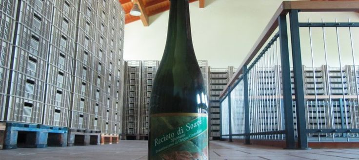 A date with story in this article we dedicate to Azienda Tessari Aldo. Here's the bottle and the label of Recioto di Soave which Aldo bottled in the 90's.
