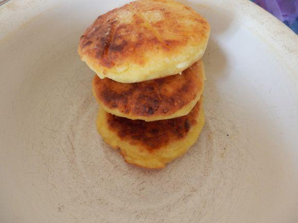 ウクライナ風パンケーキ/パン