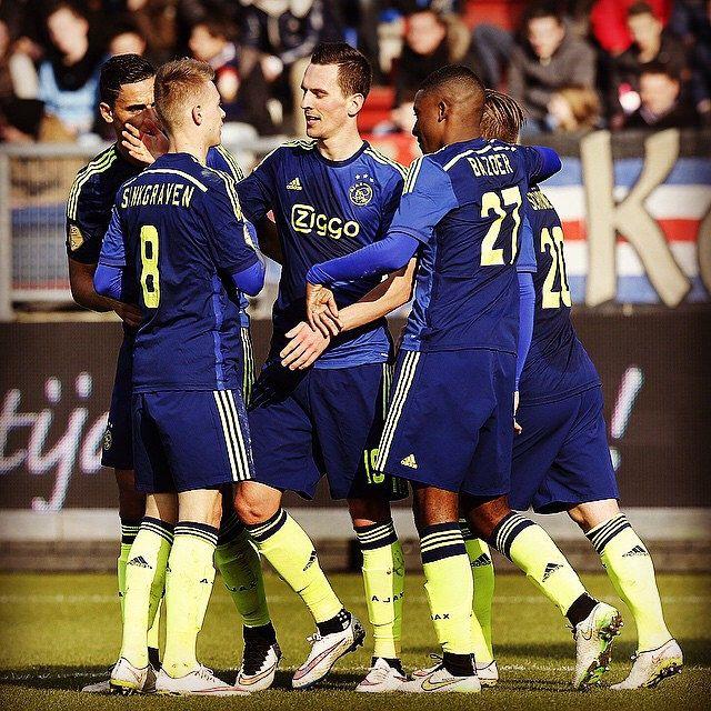 0-1 Arek Milik #wilaja #Ajax