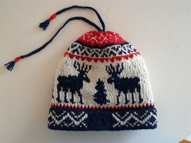 Knitting Olympics Ravelry : Ravelry olympic reindeer hat pattern by helena bristow