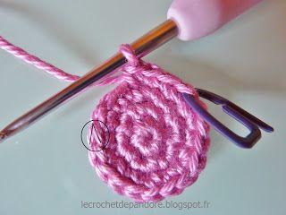 les 25 meilleures id es de la cat gorie apprendre le crochet sur pinterest apprendre le tricot. Black Bedroom Furniture Sets. Home Design Ideas