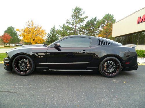 Muscle Cars… Ford Mustang GT 2010 MRT