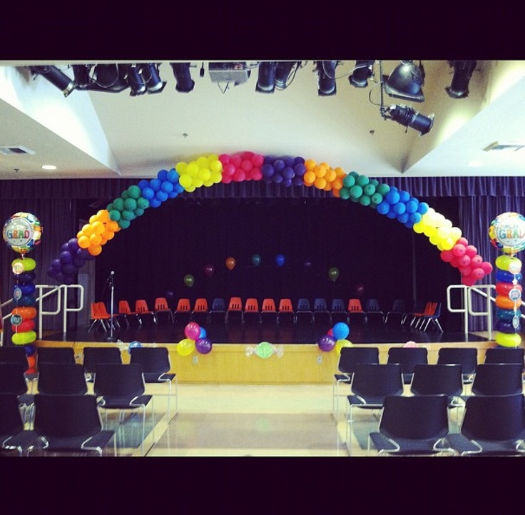 974 best balloon decor images on pinterest balloon for Balloon decoration ideas for graduation