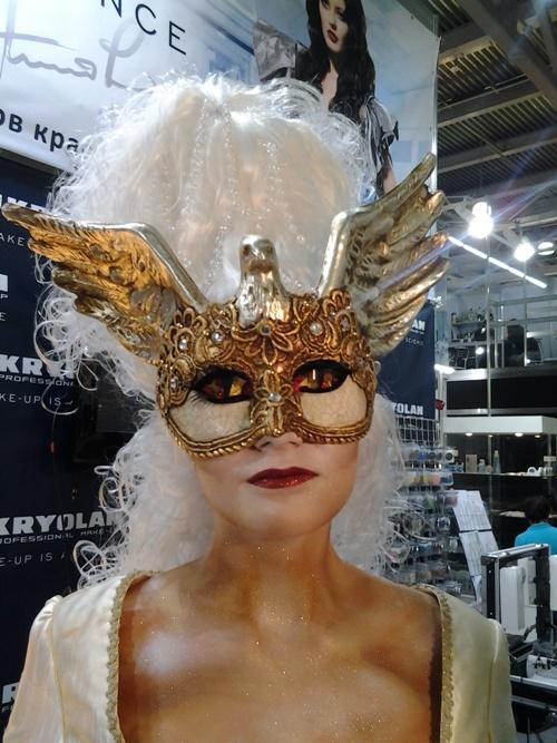 """Знаменитые """"Золотые глаза"""" от Марины Янгильдиной, которые принесли ей мировую славу"""