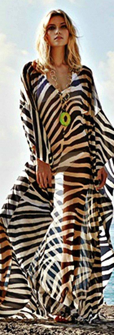 Amanda Wakeley resort 2014  Cute bathing suit cover-up~