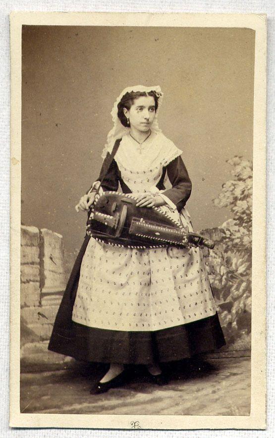 eBay 371344469863. Woman w Hurdy Gurdy Musical Instrument 1860's CDV Photo Paris France | eBay