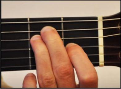 Tuto guitare gratuit en français apprendre à faire la différence entre un accord mineur et un accord majeur
