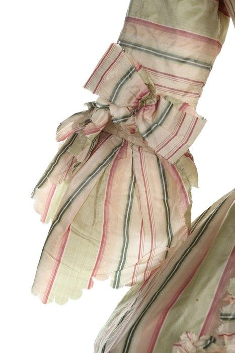 Detail sleeve, robe à la francaise, 1770s. Chine silk taffeta woven in shades of green pink an divory stripes, fabric trim, linen linings.