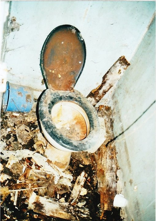 Dirty used toilet