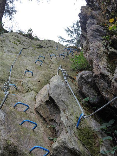 Klettersteig Portal mit umfangreichen Informationen zu mehr als 1600 Klettersteigen in Europa - Via ferrata - Höhenprofile, Bildergalerien, Insidertipps, Schwierigkeitsskala, ausführliche Tourbeschreibungen