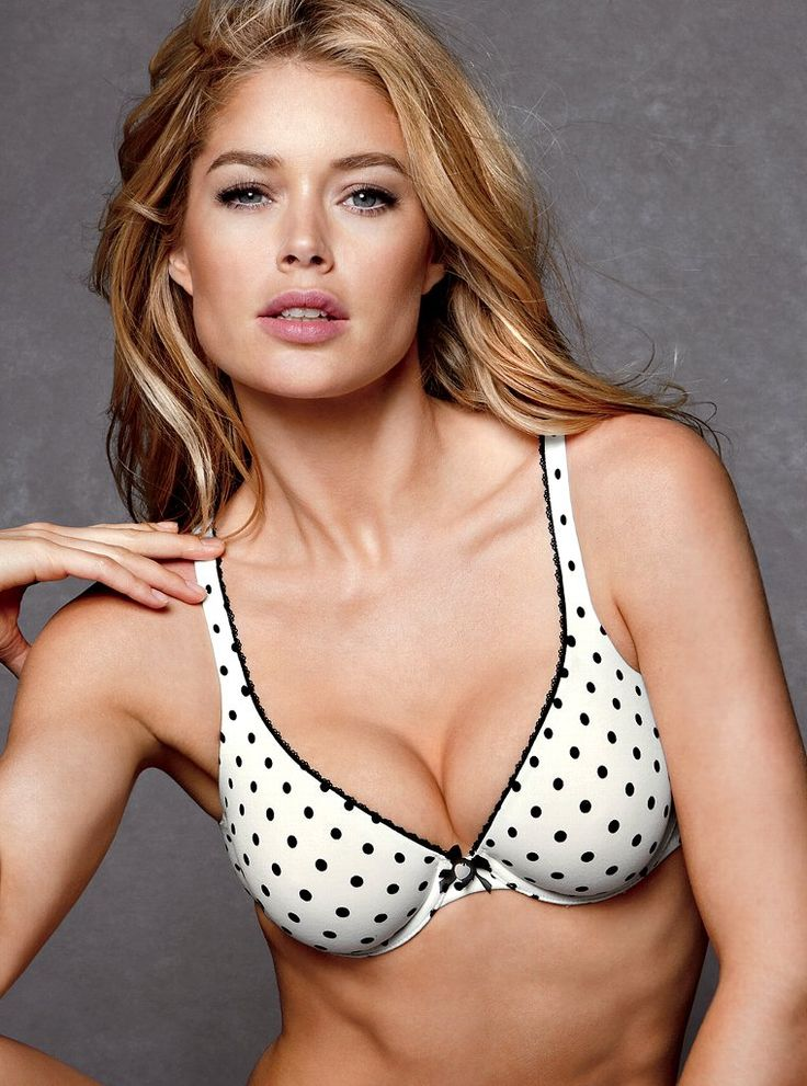 This is Doutzen Kroes, the most famous fashion/lingerie model from Friesland,The Netherlands. At this point in time she is the most famous Dutch person internationally know.