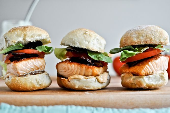 Crispy Salmon BLT Sliders with Chipotle Mayo @How Sweet Eats