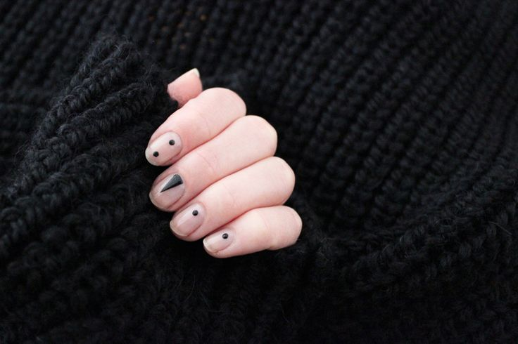 black and nude manicure minimal nails dots and arrows