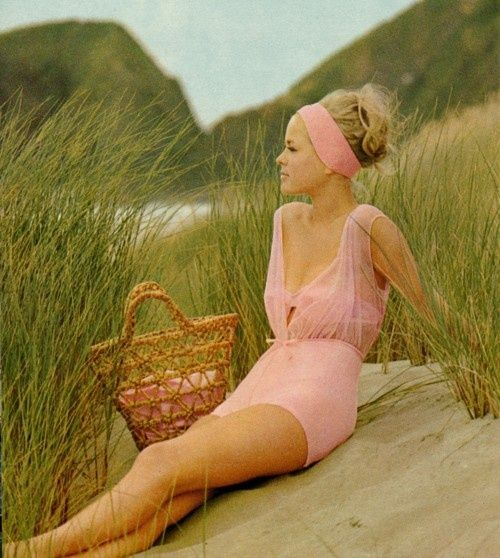 Jantzen swimwear 1965 Women's vintage fashion photography photo image